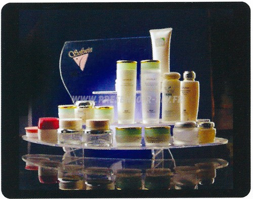 presentoir-plexiglas-acrylique-cosmetique-9 produits cosmétiques